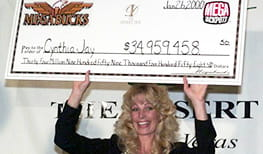 37-year-old cocktail waitress wins $34m